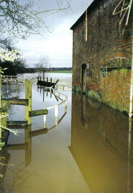 Flooding at Newton Mill
