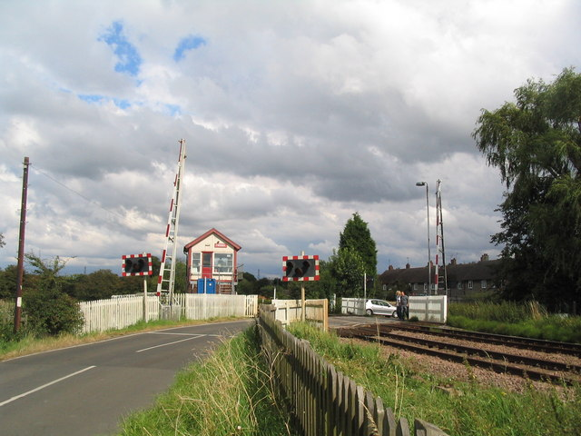 Level crossing on Washstones Lane entering Frisby on the Wreake