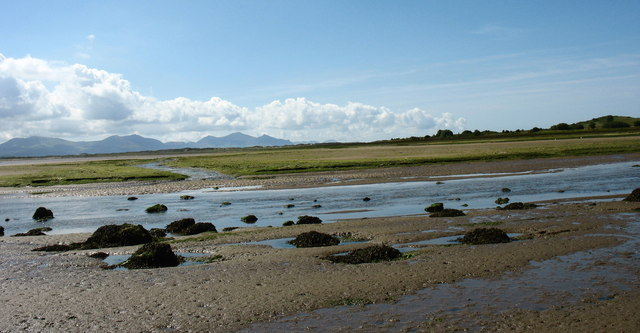 Aberbraint at low tide