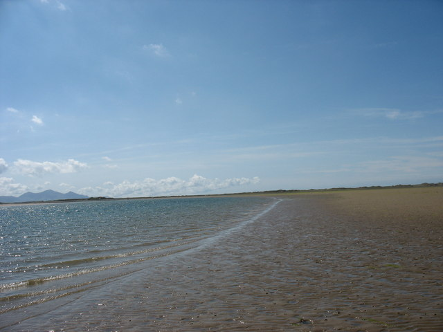 The furthermost edge of the sandbank
