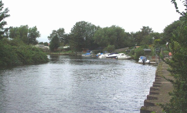 River Stour at Jumpers