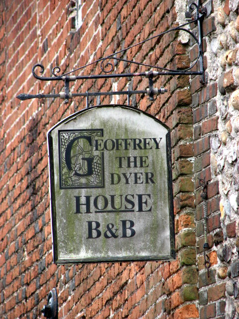 Geoffrey the Dyer's House B&B - sign