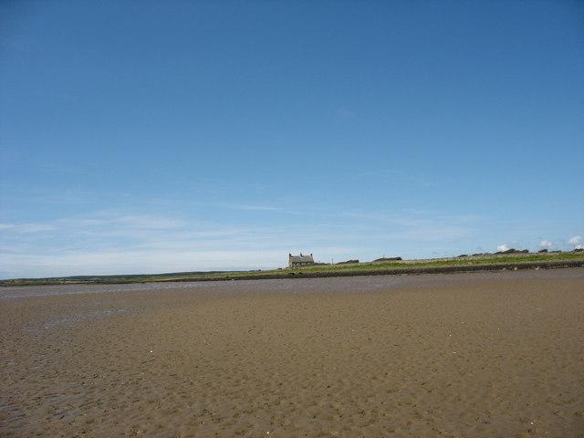 Beach east of Penrhyn Bach