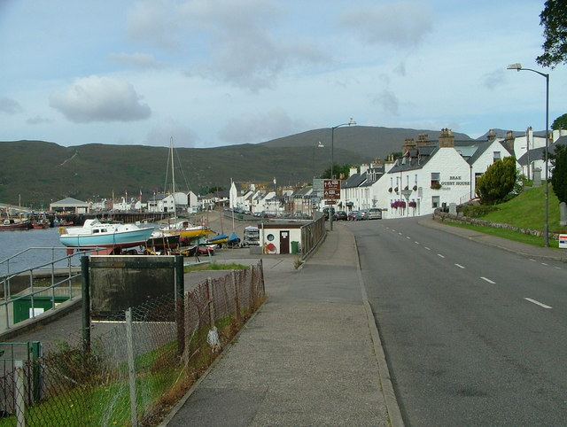 Garve Road looking towards Shore Street