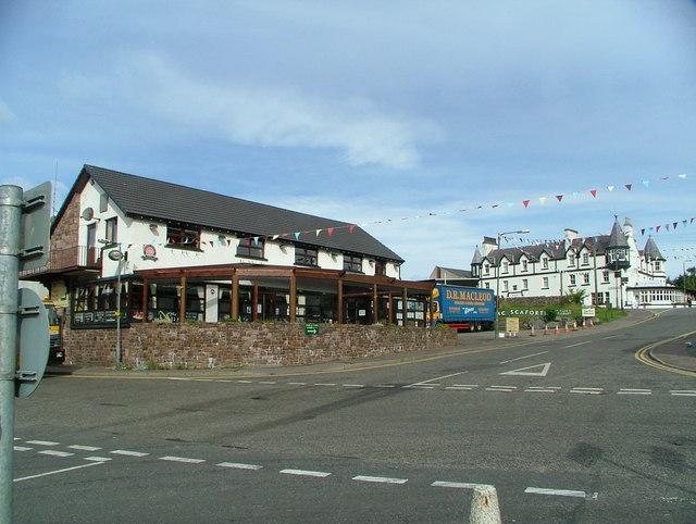 The Seaforth Pub (The Pub by the Pier)