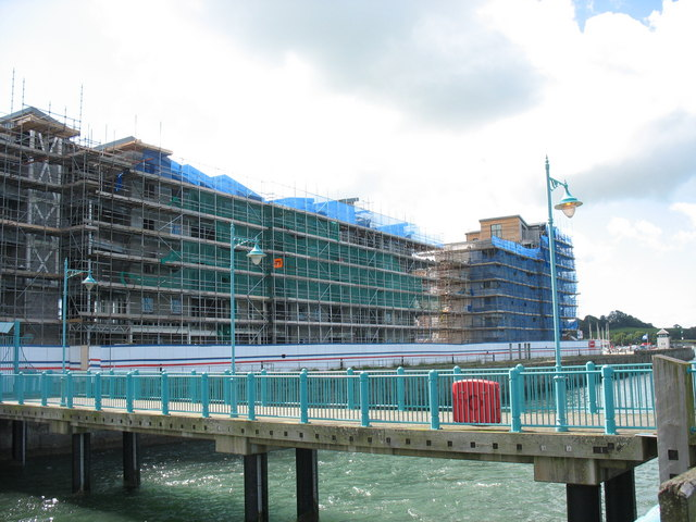 View  from the NE end of the pier