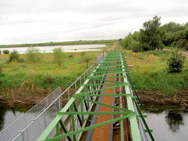 Conveyor bridge over River Idle.