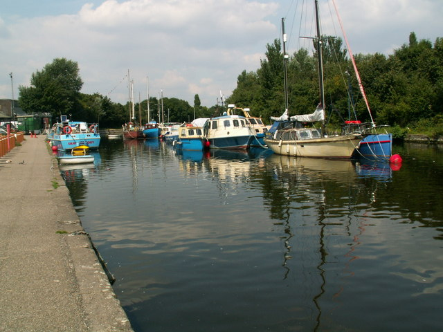 Spike Island Sankey canal