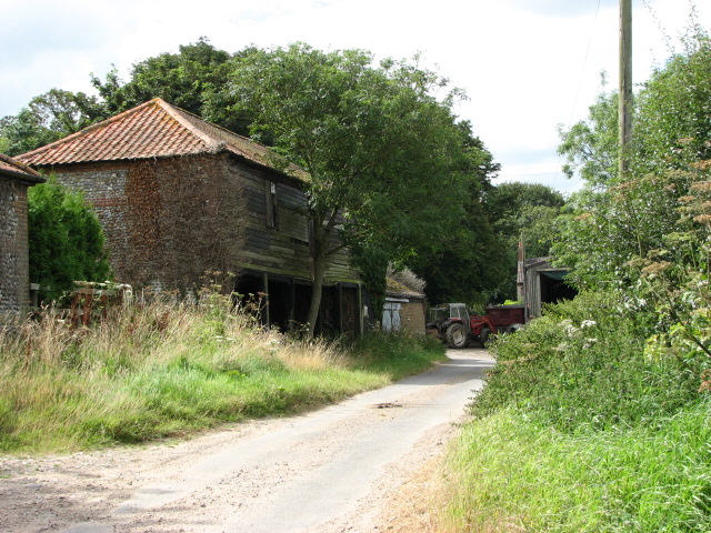Road past Hall Farm, Gimingham