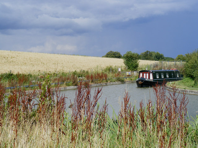 The Wendover Arm, Little Tring winding hole