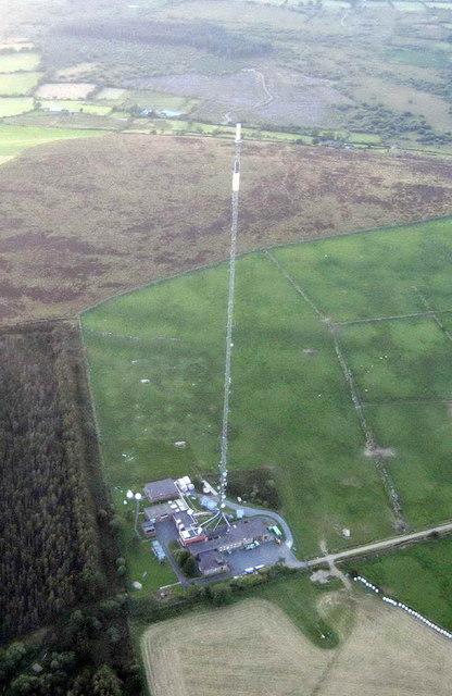 Television mast, Gwarllwyn Wood