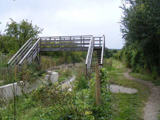 Wendover Arm, new footbridge No 4