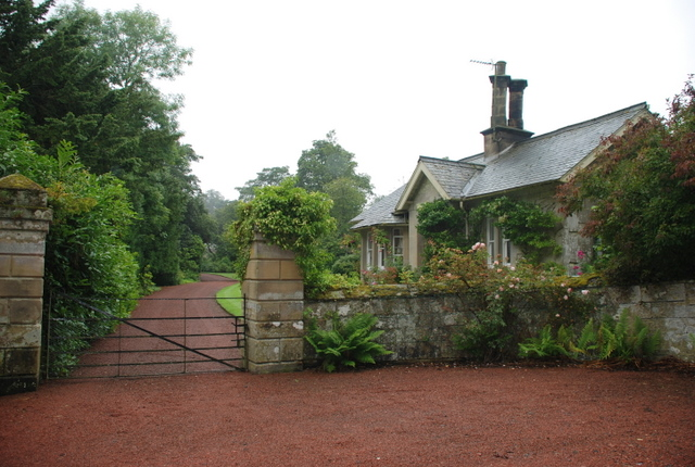 The gateway and the Lodge to Trewhitt Hall