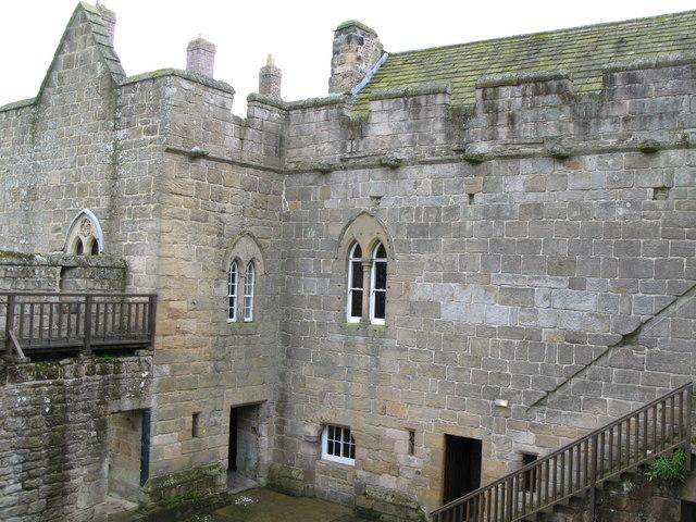 The courtyard of Aydon Castle (2)