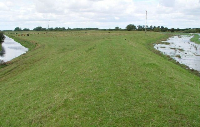 The Barmston Drain diverges from the river Hull