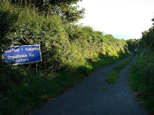 Lane to Cwm-yr-Eglwys