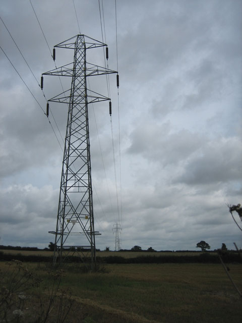 Power crossing the Norwich - Reepham road