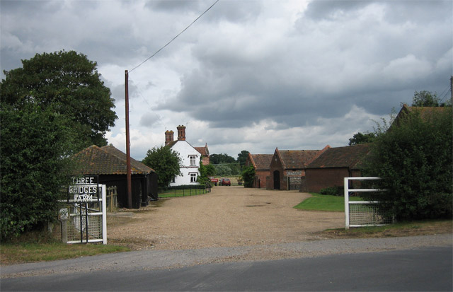 Three Bridges Farm on the edge of Lyng