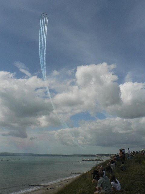 The Red Arrows visit Bournemouth: high above the pier