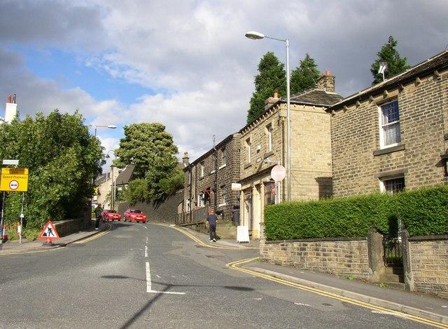 Westgate, Honley