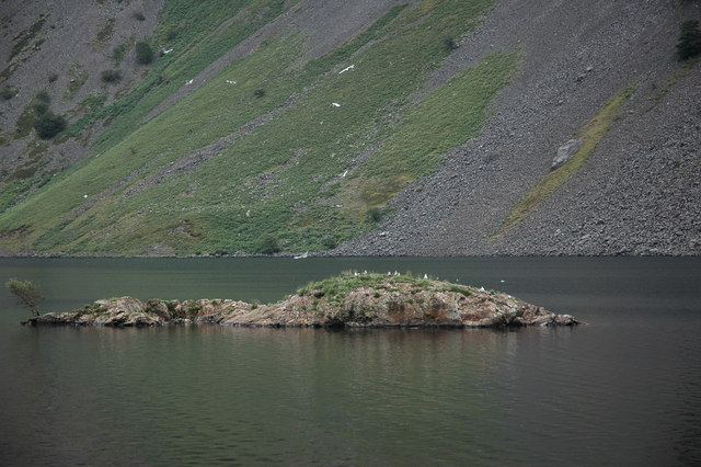 Small island in Wastwater