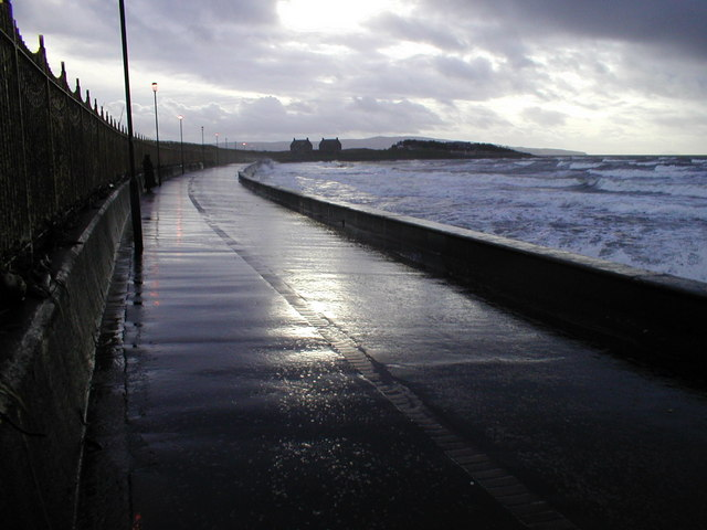 The view south near Prestwick Sailing Club around 2 pm.!
