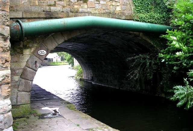 Bridge 130B over Leeds/Liverpool Canal - Weavers' Triangle