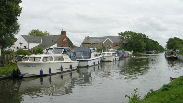 Lancaster Canal Moorings, Garstang
