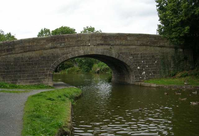 Bridge 62 over Lancaster Canal