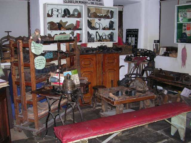 Clogger's Shop in Weaver's Cottage Museum