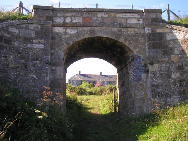 Railway Bridge and Ardross Cottages