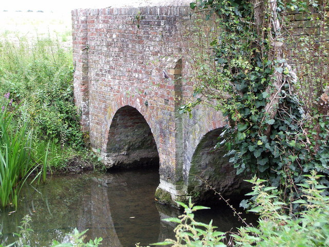 Bridge over the Titchfield Canal