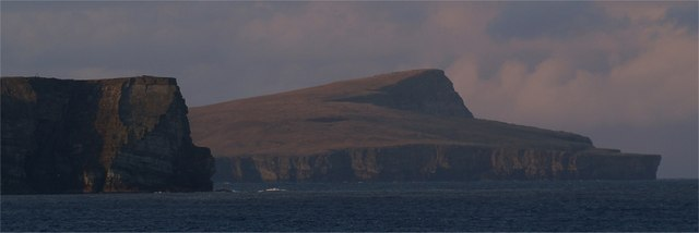 shetland amenity trust bressay lighthouse Zoom bressay lighthouse passing the 'bressa light' is the start and finishing post for the beautiful island of bressay shetland amenity trust.