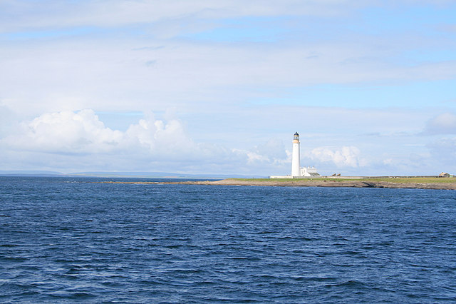 Auskerry Lighthouse by the South Taing.