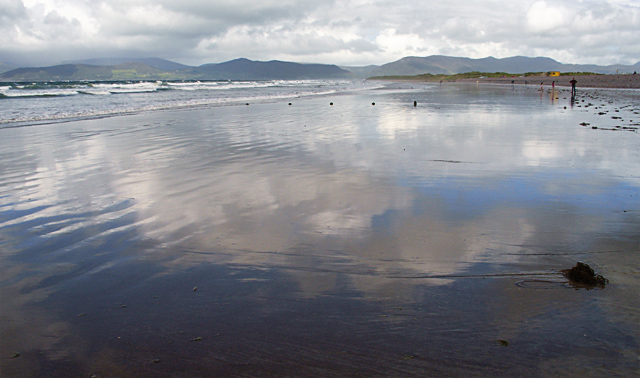 Looking along Rossbeigh Beach