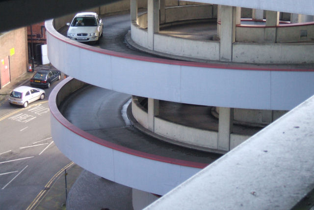 Spiral Driveway Up To West Orchards Car 169 Niki Walton