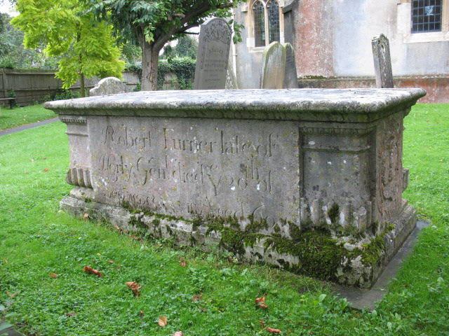 Turner tomb in Horley churchyard