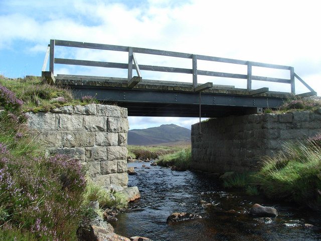 Bridge over the Girnock Burn