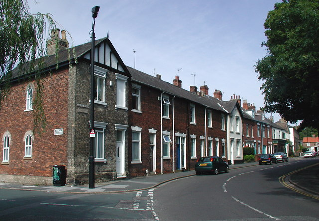 College Street, Sutton on Hull