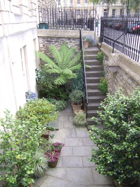 basement garden in laura place jonathan billinger cc by sa 2 0
