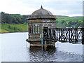 SE0136 : Outlet house, Lower Laithe Reservoir by David Spencer