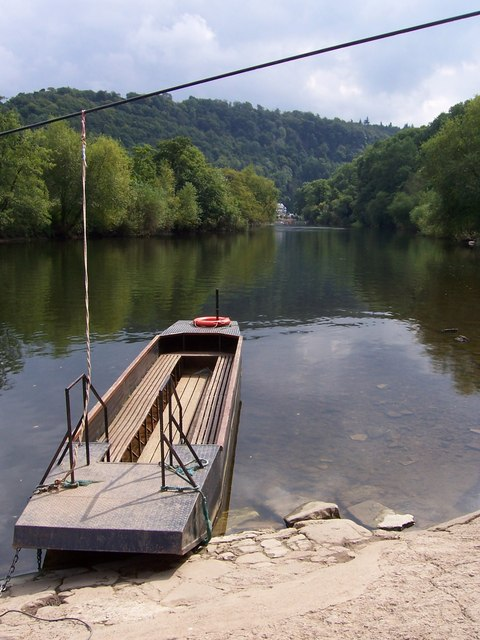Hand Ferry at Symonds Yat West .