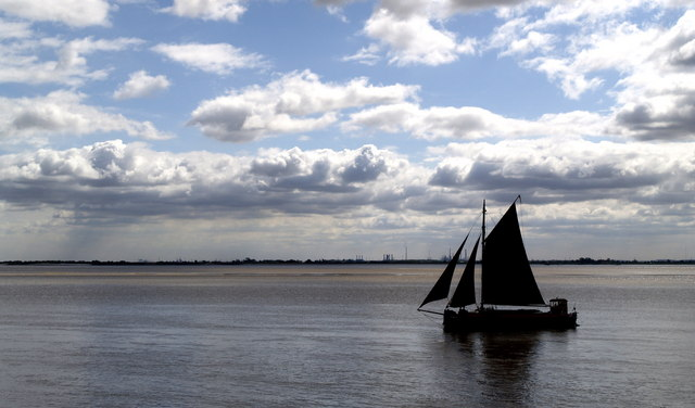 Cutter on the Humber