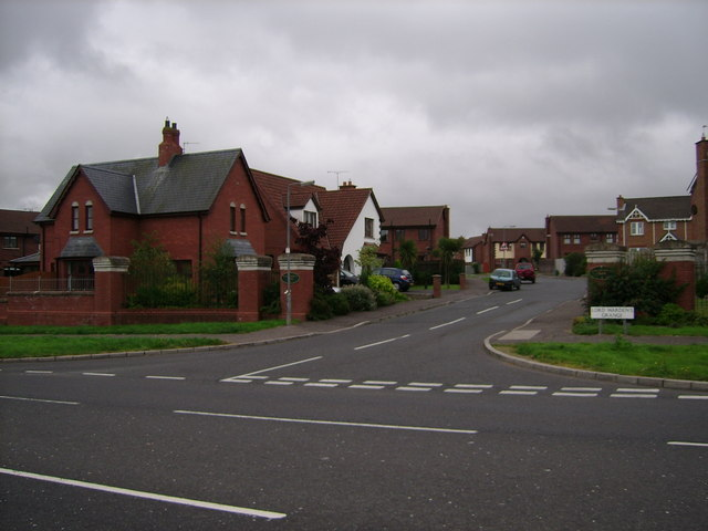 Entrance to Lord Warden's Wood (housing development), from Rathgael Rd, looking S