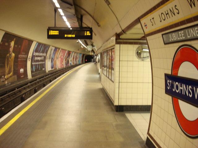 Platforms, St John's Wood tube station