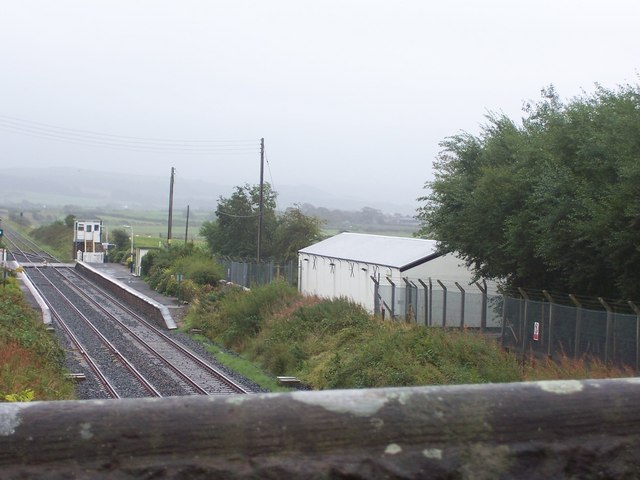 Drigg railway station, level crossing and signal box