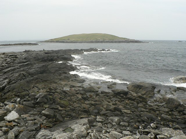 Lunna Holm from Land Taing