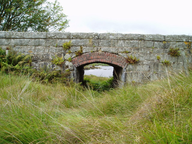 Old railway bridge and Loch Skerrow