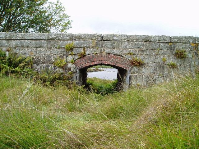 Old railway bridge and Loch Skerrow