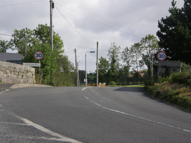 Approaching Katesbridge